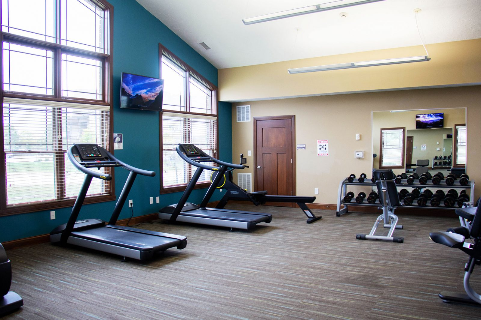 Fitness center machines and equipment | Amenities Bridgewater Apartments